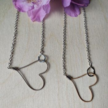 Hooked-Heart-necklace